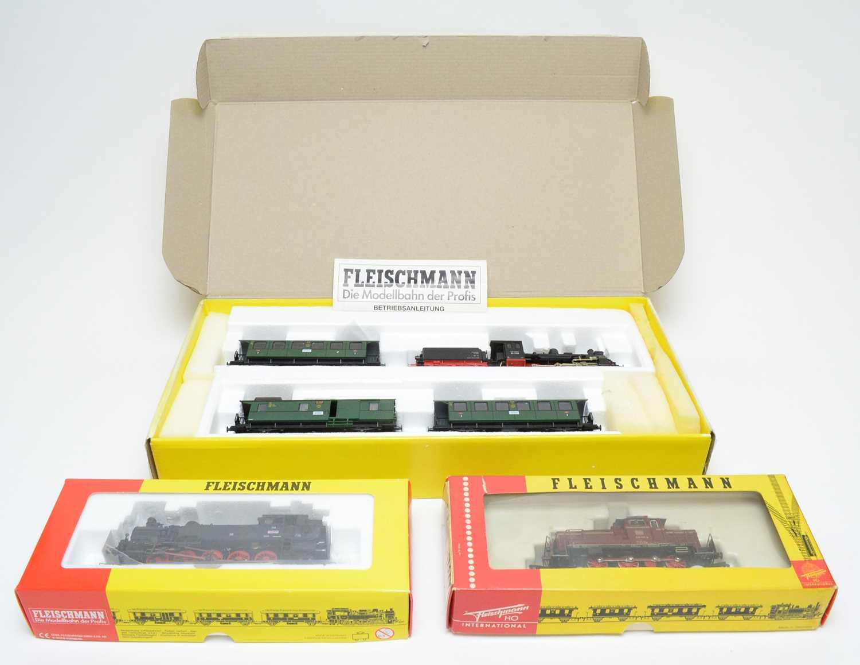 Lot 631 - Three Fleischmann HO-gauge trains.