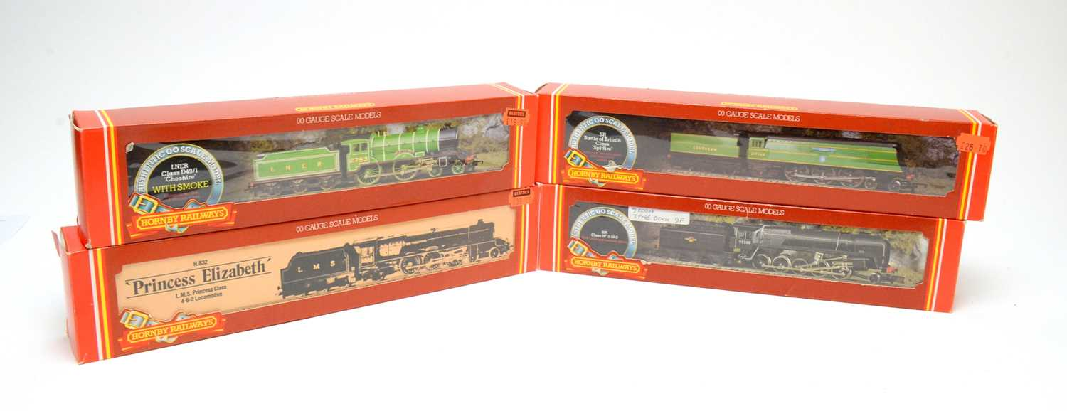 Lot 635 - Four Hornby 00-gauge boxed trains.