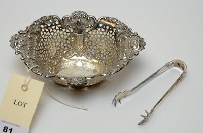 Lot 81 - An Edwardian silver bon bon dish and pair of sugar tongs.