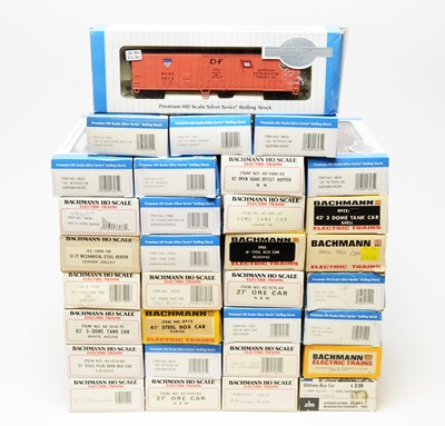 Lot 690 - A quantity of boxed Bachmann 'Electric Trains' and 'Silver' series rolling stock