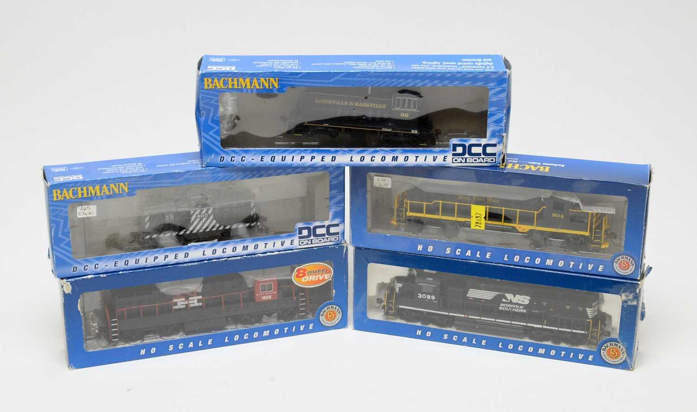 Lot 695 - Five Bachmann HO-gauge boxed trains.