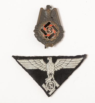 Lot 471 - WWII German 'TeNo' badge and patch