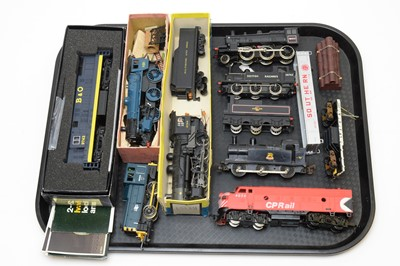 Lot 769 - Boxed and unboxed 00-gauge locomotives, tenders and rolling stock.