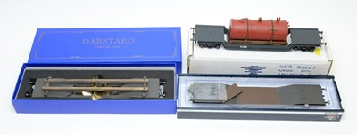 Lot 781 - Boxed Darstaed and Hattons 0-gauge railway, flatbeds/rolling stock.