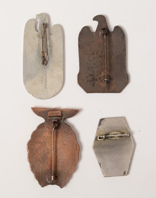 Lot 1051 - Collection of WWII style Rally badges