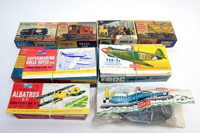 Lot 798 - Airfix boxed model construction kits.
