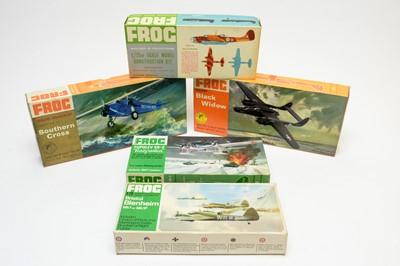 Lot 809 - Five boxed Frog model construction kits.