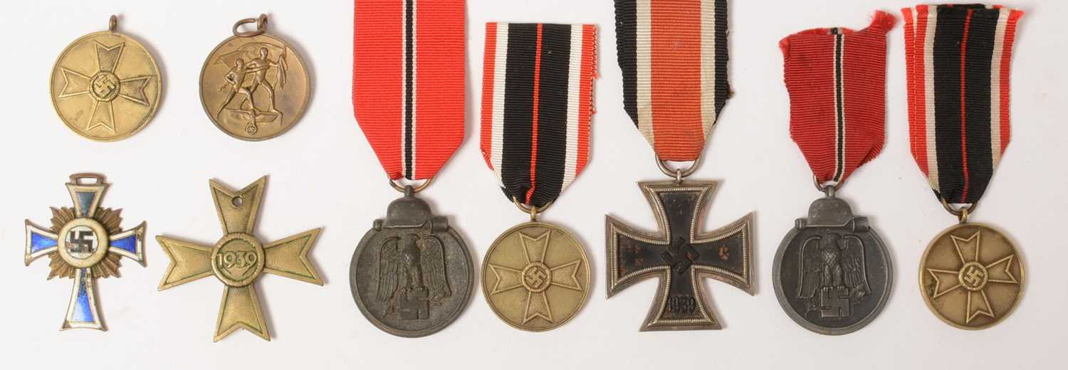 Lot 1019 - Group of WWII German medals