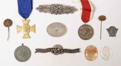Lot 1029 - WWII German and later medals and awards