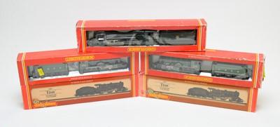 Lot 862 - Five boxed Hornby 00-gauge locomotives.