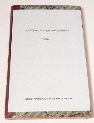 Lot 1250 - Football players autographs from the 1960s