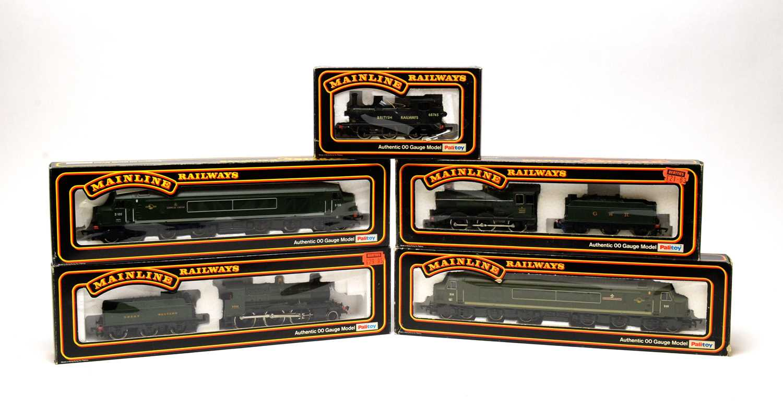 Lot 652 - Five boxed Mainline locomotives.