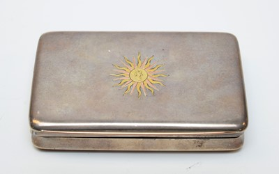 Lot 38 - An Italian white metal snuff box by Ugo Frilli of Florence.