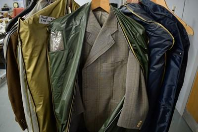 Lot 468 - Selection of gentleman's formal attire