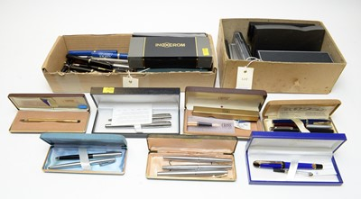 Lot 181 - Selection of boxed and loose pens