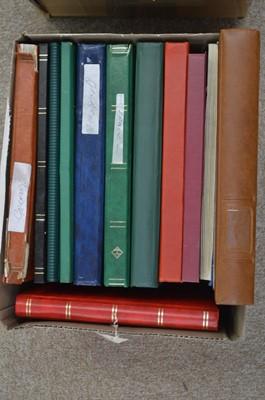 Lot 24 - World stock books