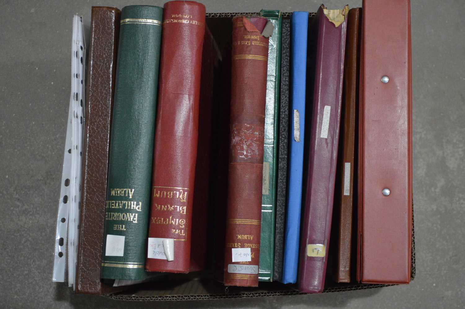 Lot 35 - Mostly European stamp in stock books and leaves