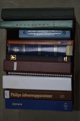 Lot 63 - A large quantity of World stock albums