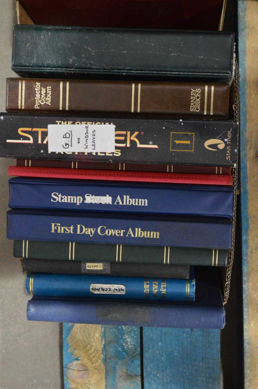 Lot 69 - World stock stamp albums