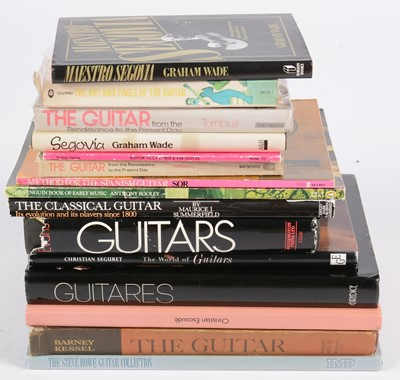 Lot 323 - 15 Guitar reference books