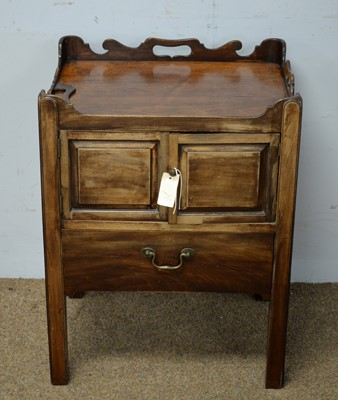 Lot 59 - A Georgian mahogany tray-top cupboard.