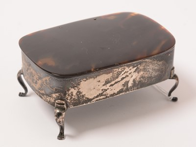 Lot 174 - A George V silver ring box.