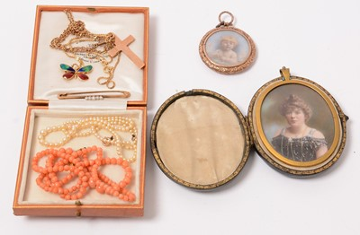 Lot 200 - Antique and later jewellery.