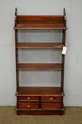 Lot 62 - Georgian-style mahogany shelves.
