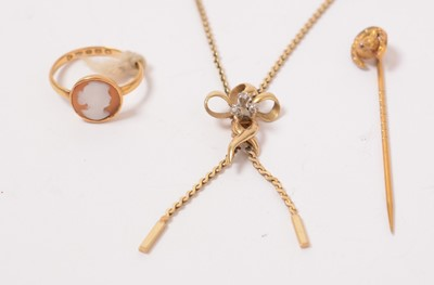 Lot 214 - Gold and yellow metal jewellery, including a vintage 9ct gold and diamond necklace.