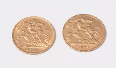 Lot 238 - Two gold half sovereigns dated 1904 and 1912