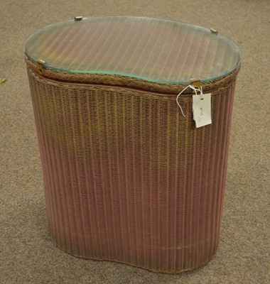 Lot 70A - A Lloyd Loom linen basket