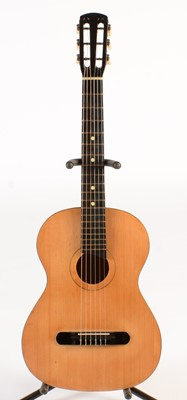 Lot 305 - 1920's German parlour guitar