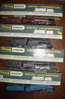 Lot 768A - Tri-ang Wrenn: 00/H0 gauge locomotives and...