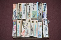 Lot 269 - Revel model constructor kits, to include: H...