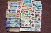 Lot 293 - Airfix model constructor kits, series 3, to...