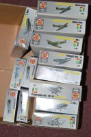 Lot 320 - Airfix model constructor kits: silver boxed...