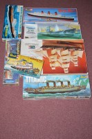 Lot 325 - Revell model constructor kits, to include:...