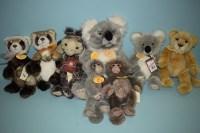 Lot 76-Charlie Bears: Gilbert; Kennett; Korky; Savannah; ...